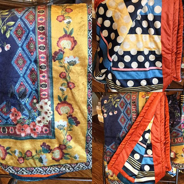 You know we love @johnnywas !  This blanket is a great gift for someone or a treat for yourself! #johnnywasclothing #giftideas #welovethis #bestboutiqueever #highcountrystyle #highcountrystylewaynesville #828isgreat #blankets #callusweship