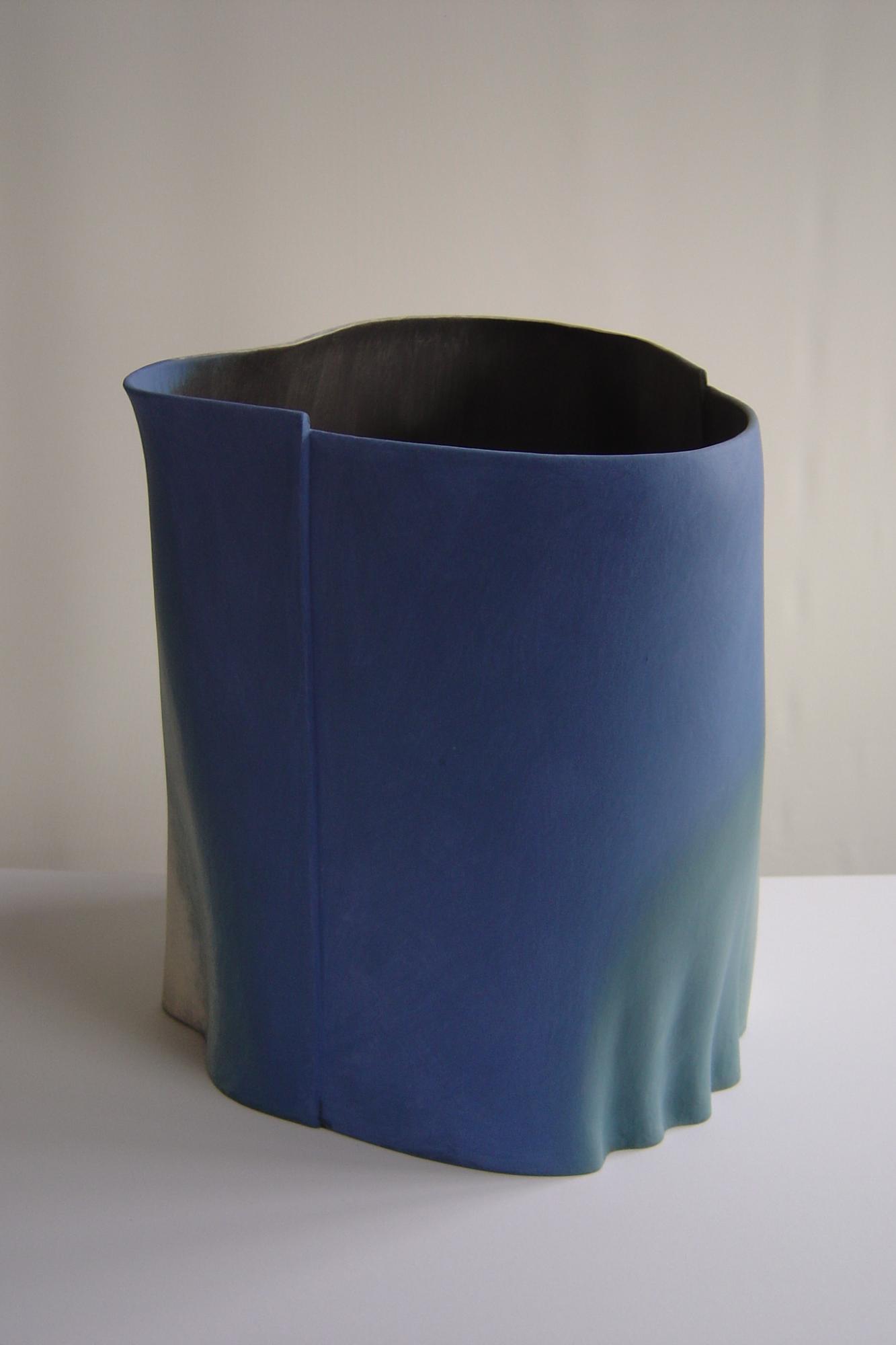 Nova, 2005, 40cm high