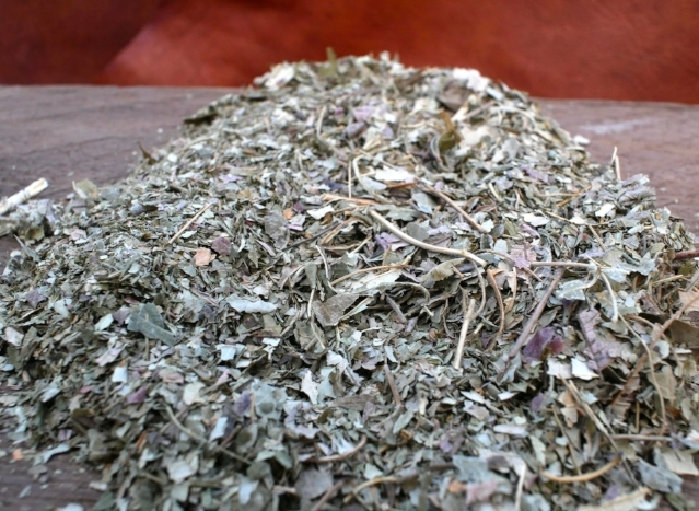 Crushed Sumach leaves