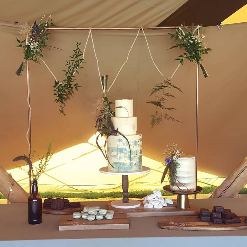 Tipi wedding cakes