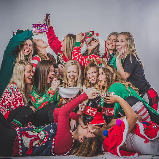 The elves were up to a little no good at the family Christmas party 🎄🎅. Wishing you and yours a very happy holiday.  Merry Christmas to all and to all a good night! 🎁