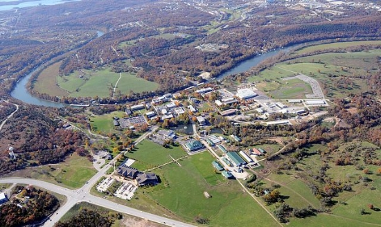 Arieal photo of College of the Ozarks by  KTrimble  (talk)under CC BY-SA 3.0