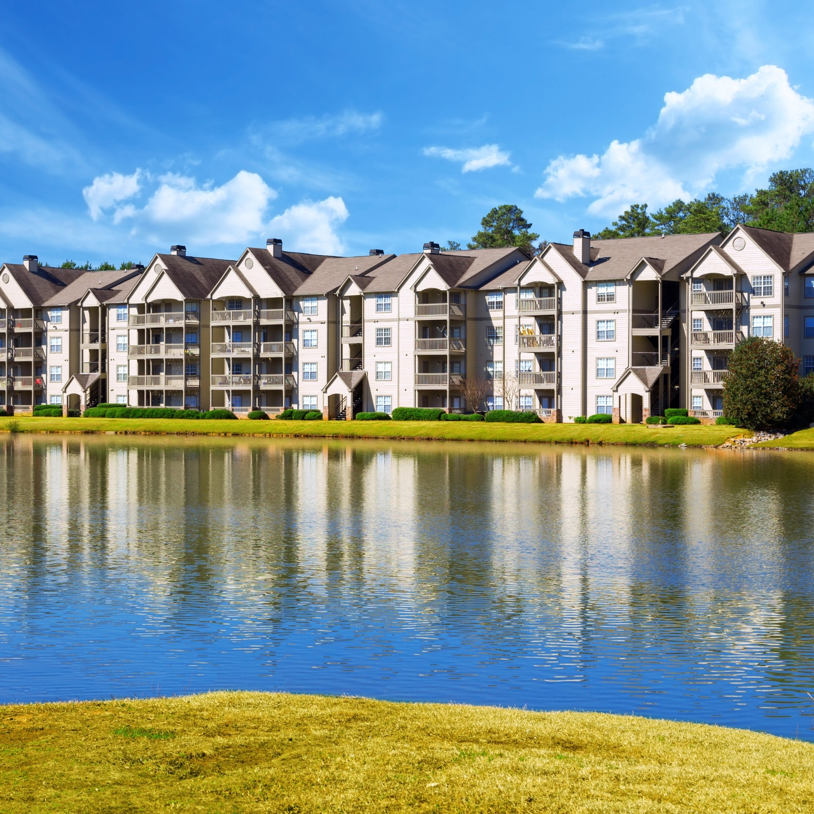 Wesley Pond Apartment Homes | Douglasville, GA | Built 1988 | Sold in 2016