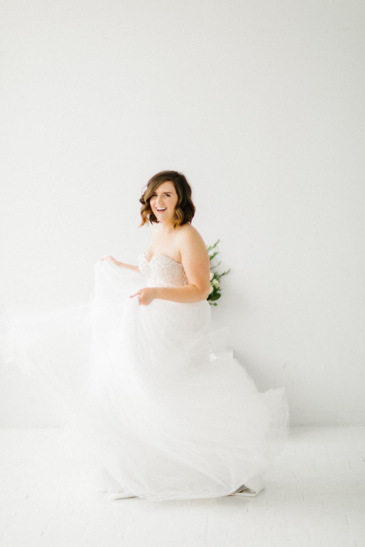 Seattle Fine Art Wedding Photographer | Seattle Downtown White Studio Bridal Session | Stunning Wedding Bouquet | Seattle Bride | Seattle Wedding | Photography Studio Space | Emma Rose Company Wedding Photography-5.jpg