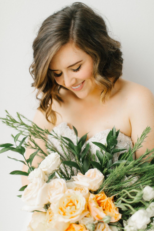 Seattle Fine Art Wedding Photographer | Seattle Downtown White Studio Bridal Session | Stunning Wedding Bouquet | Seattle Bride | Seattle Wedding | Photography Studio Space | Emma Rose Company Wedding Photography-20.jpg