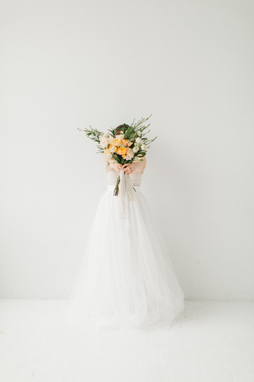 Seattle Fine Art Wedding Photographer | Seattle Downtown White Studio Bridal Session | Stunning Wedding Bouquet | Seattle Bride | Seattle Wedding | Photography Studio Space | Emma Rose Company Wedding Photography-24.jpg
