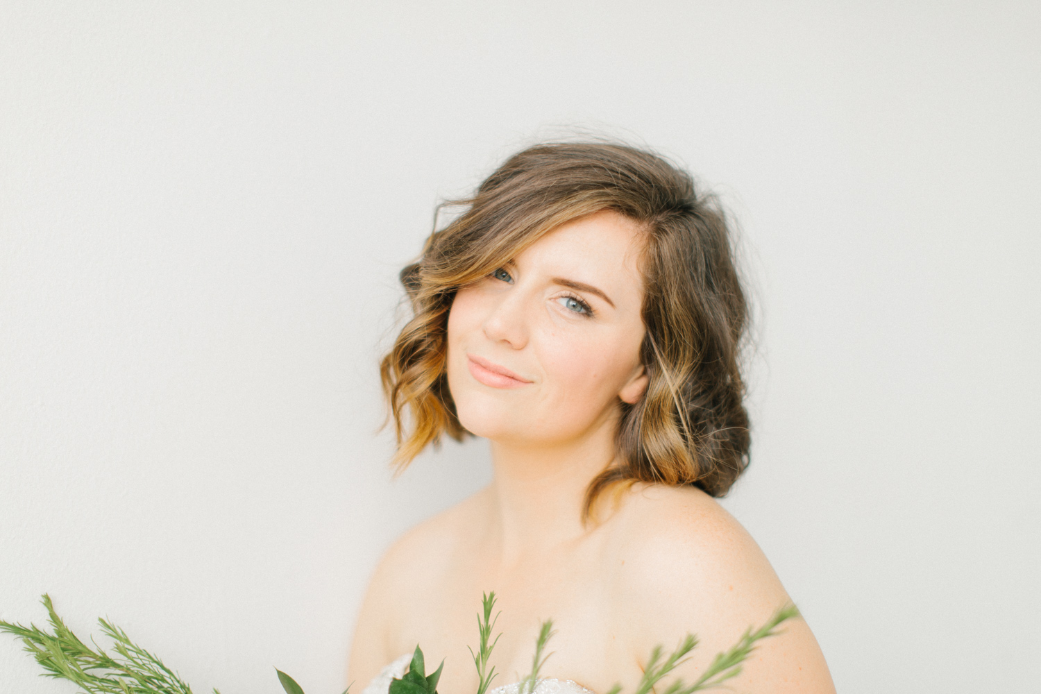 Seattle Fine Art Wedding Photographer | Seattle Downtown White Studio Bridal Session | Stunning Wedding Bouquet | Seattle Bride | Seattle Wedding | Photography Studio Space | Emma Rose Company Wedding Photography-26.jpg