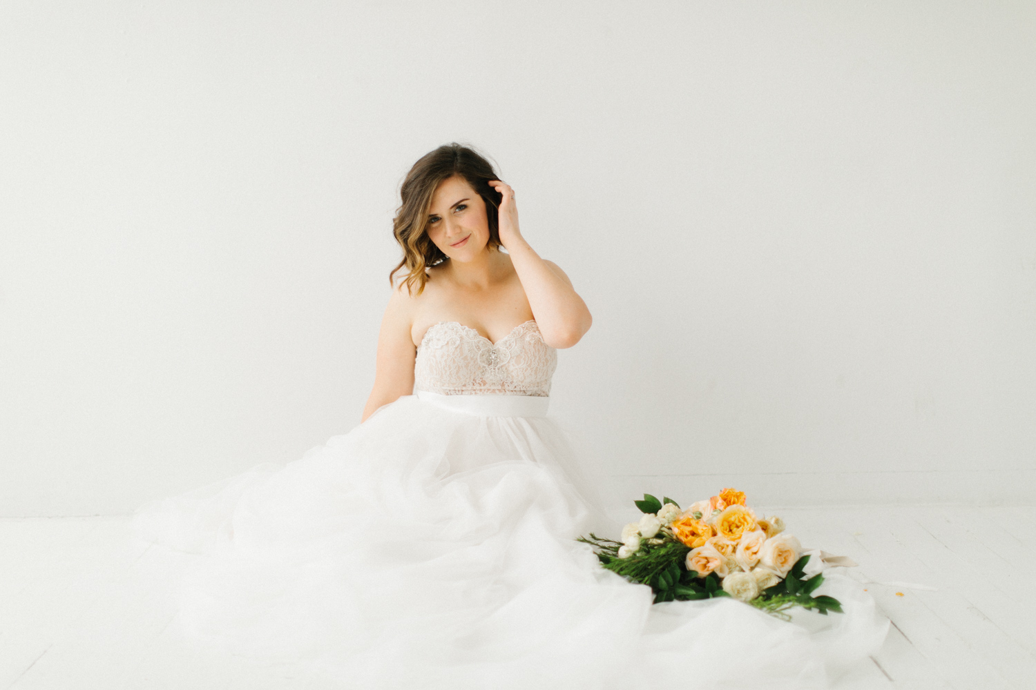Seattle Fine Art Wedding Photographer | Seattle Downtown White Studio Bridal Session | Stunning Wedding Bouquet | Seattle Bride | Seattle Wedding | Photography Studio Space | Emma Rose Company Wedding Photography-29.jpg