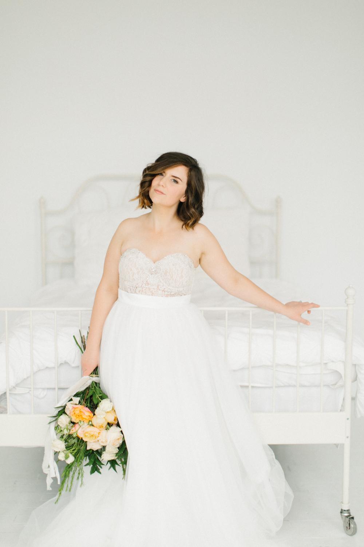 Seattle Fine Art Wedding Photographer | Seattle Downtown White Studio Bridal Session | Stunning Wedding Bouquet | Seattle Bride | Seattle Wedding | Photography Studio Space | Emma Rose Company Wedding Photography-33.jpg