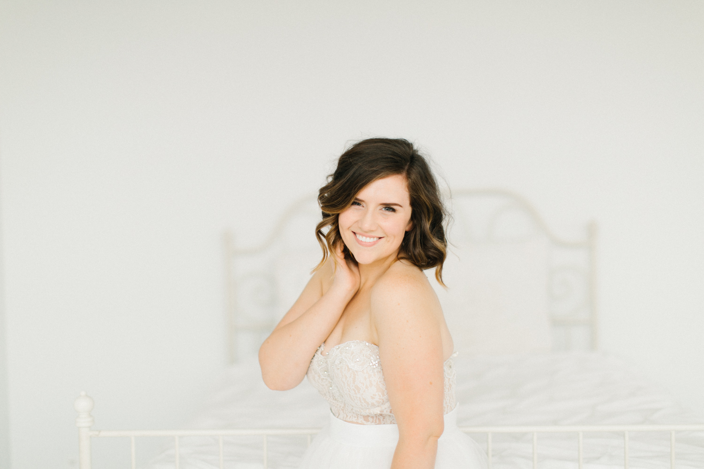 Seattle Fine Art Wedding Photographer | Seattle Downtown White Studio Bridal Session | Stunning Wedding Bouquet | Seattle Bride | Seattle Wedding | Photography Studio Space | Emma Rose Company Wedding Photography-35.jpg
