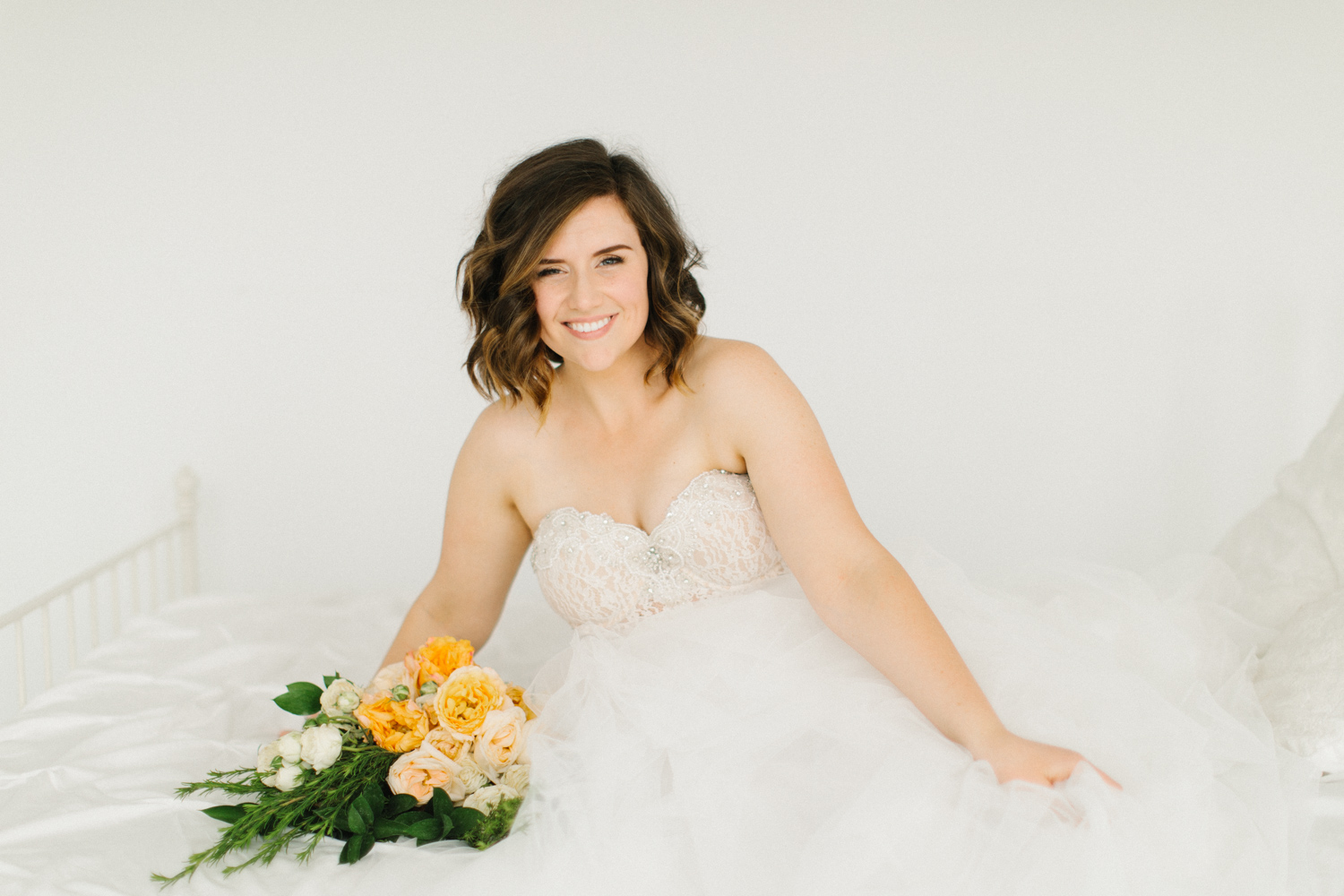 Seattle Fine Art Wedding Photographer | Seattle Downtown White Studio Bridal Session | Stunning Wedding Bouquet | Seattle Bride | Seattle Wedding | Photography Studio Space | Emma Rose Company Wedding Photography-37.jpg