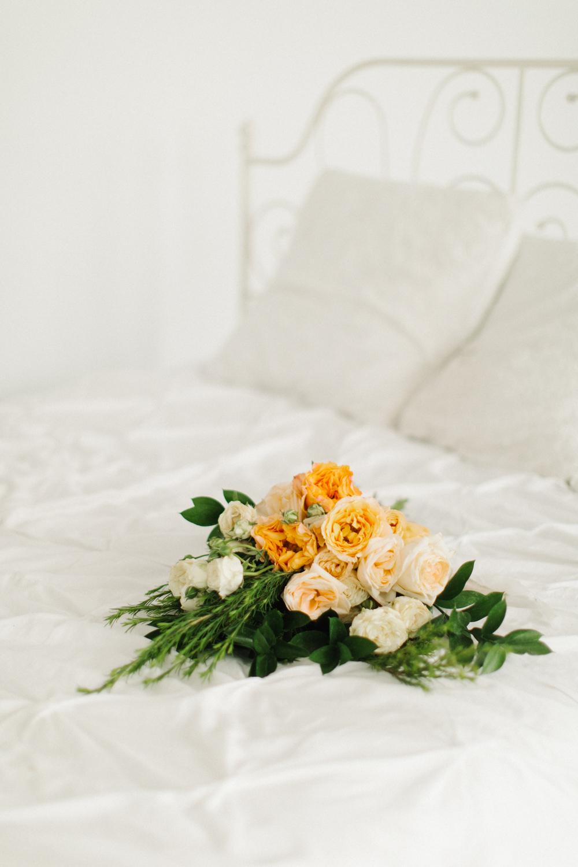 Seattle Fine Art Wedding Photographer | Seattle Downtown White Studio Bridal Session | Stunning Wedding Bouquet | Seattle Bride | Seattle Wedding | Photography Studio Space | Emma Rose Company Wedding Photography-38.jpg