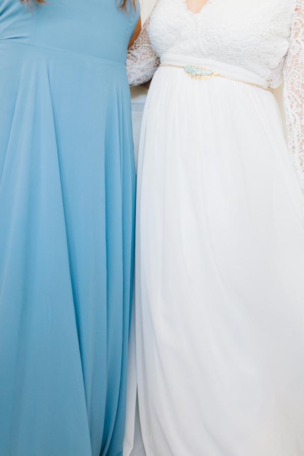 Oceanside Oregon Beach Wedding Details | Mermaid Wedding | Oregon Wedding on the Coast | Oregon Bride | Wedding Details | Bridesmaids Getting Ready-16.jpg