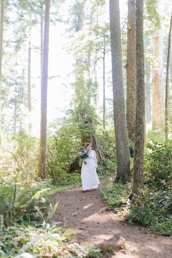 Oceanside Oregon Beach Wedding Details | Mermaid Wedding | Oregon Wedding on the Coast | Oregon Bride | Wedding Details | Bridal Party Portraits | Forest First Look-9.jpg