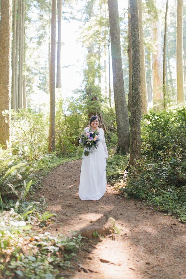 Oceanside Oregon Beach Wedding Details | Mermaid Wedding | Oregon Wedding on the Coast | Oregon Bride | Wedding Details | Bridal Party Portraits | Forest First Look-10.jpg