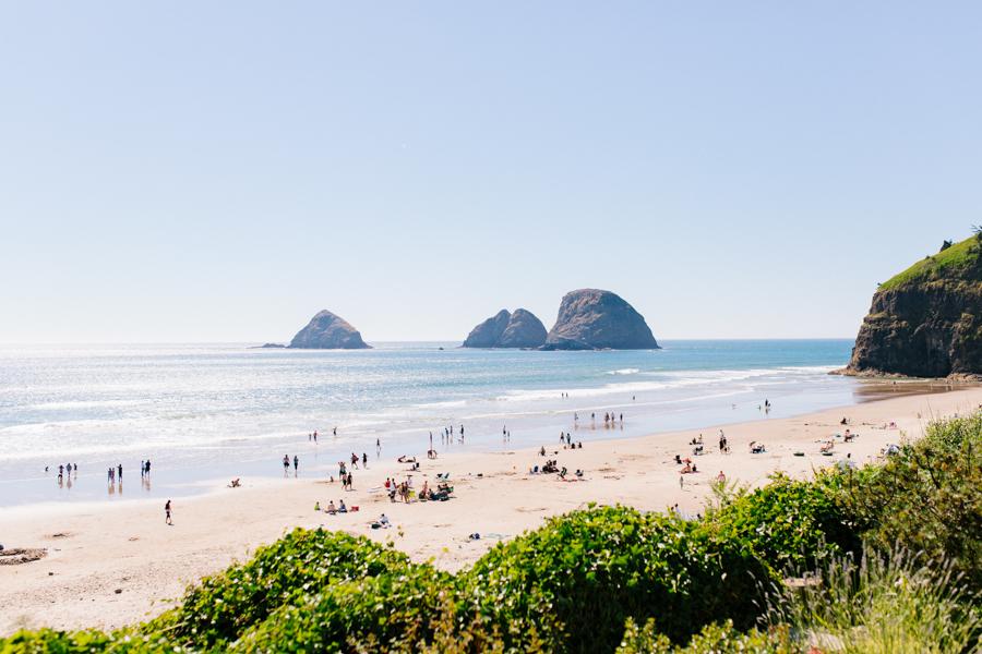 Oceanside Oregon Beach Wedding Details | Mermaid Wedding | Oregon Wedding on the Coast | Oregon Bride | Wedding Details | VSCO | Ceremony on the Beach-2.jpg