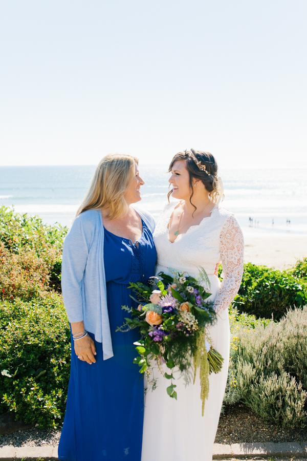 Oceanside Oregon Beach Wedding Details | Mermaid Wedding | Oregon Wedding on the Coast | Oregon Bride | Wedding Details | VSCO | Ceremony on the Beach-4.jpg