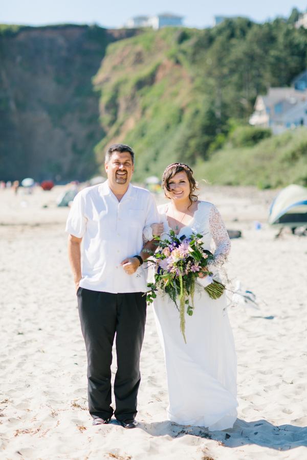Oceanside Oregon Beach Wedding Details | Mermaid Wedding | Oregon Wedding on the Coast | Oregon Bride | Wedding Details | VSCO | Ceremony on the Beach-12.jpg