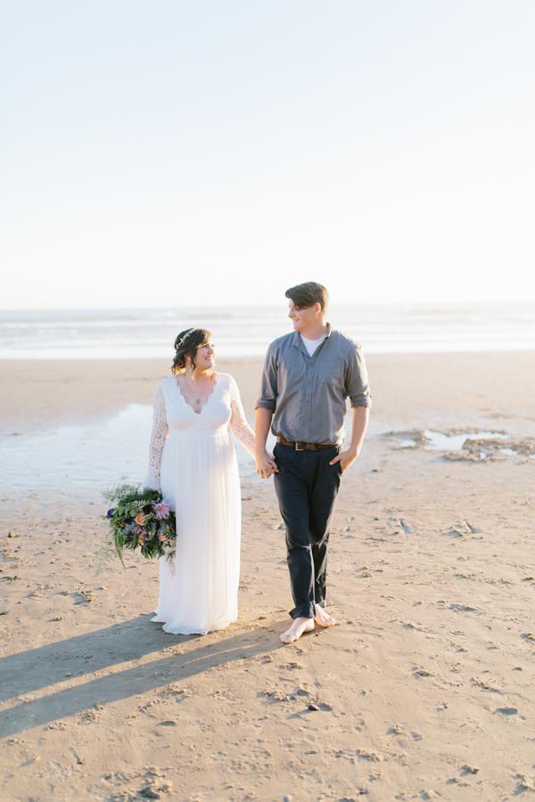 Oceanside Oregon Beach Wedding | Sunset Portraits by the Ocean | Oregon Bride | Oregon Wedding Photography | Wedding on the Beach | Bride and Groom Beach Portraits-4.jpg