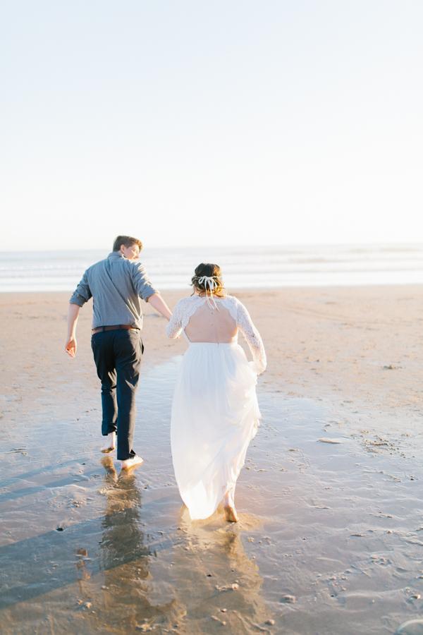 Oceanside Oregon Beach Wedding | Sunset Portraits by the Ocean | Oregon Bride | Oregon Wedding Photography | Wedding on the Beach | Bride and Groom Beach Portraits-8.jpg
