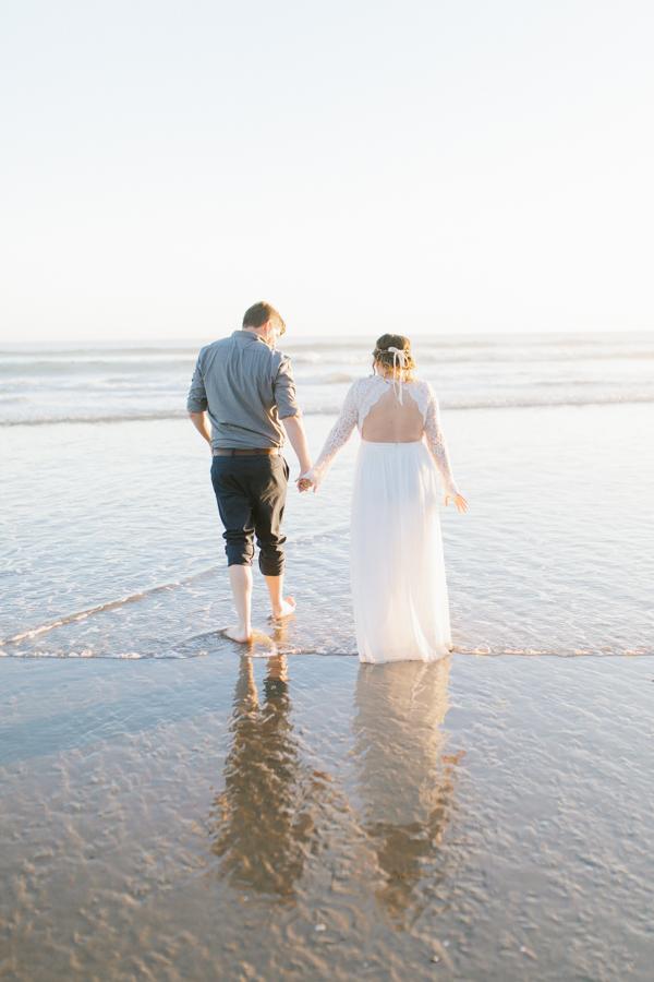 Oceanside Oregon Beach Wedding | Sunset Portraits by the Ocean | Oregon Bride | Oregon Wedding Photography | Wedding on the Beach | Bride and Groom Beach Portraits-18.jpg