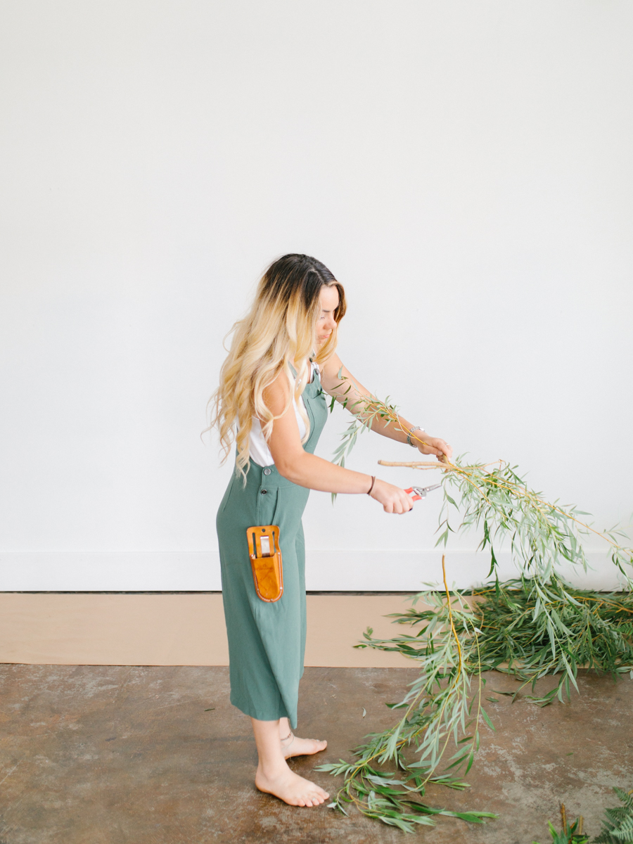 Studio Inspired Styled Shoot Behind the Scenes | How to put together a styled shoot | Rhodesia Flower Florist South Bend, Washington | Emma Rose Company Studio Session | VSCO-1.jpg