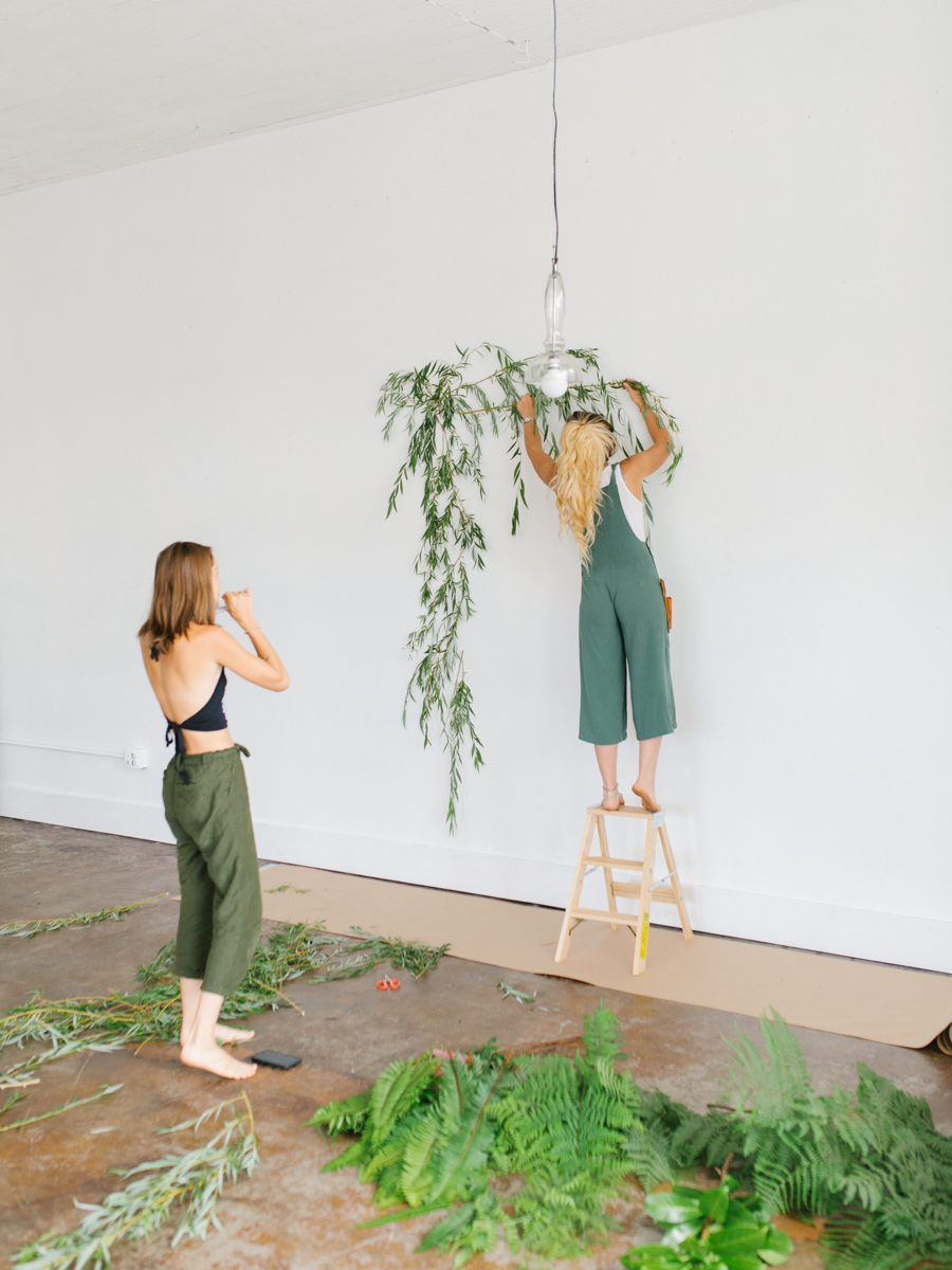 Studio Inspired Styled Shoot Behind the Scenes | How to put together a styled shoot | Rhodesia Flower Florist South Bend, Washington | Emma Rose Company Studio Session | VSCO-6.jpg