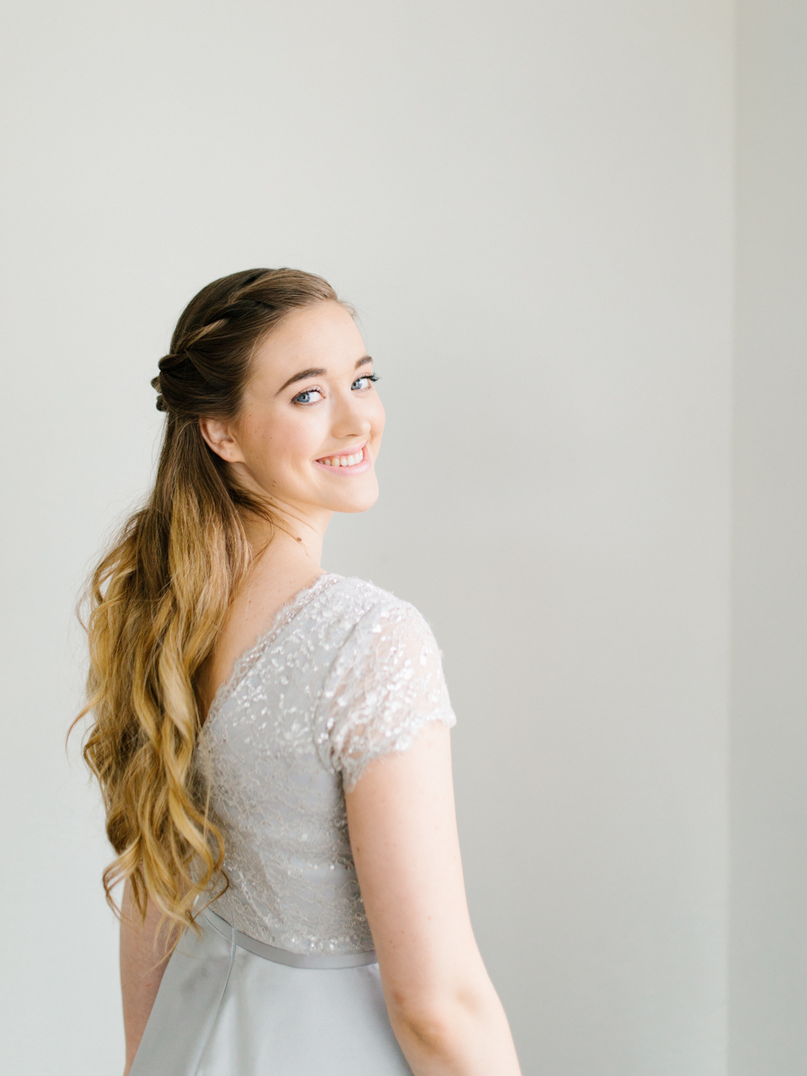Studio Inspired Styled Shoot Behind the Scenes | How to put together a styled shoot | Rhodesia Flower Florist South Bend, Washington | Emma Rose Company Studio Session | VSCO | Grey Session-10.jpg