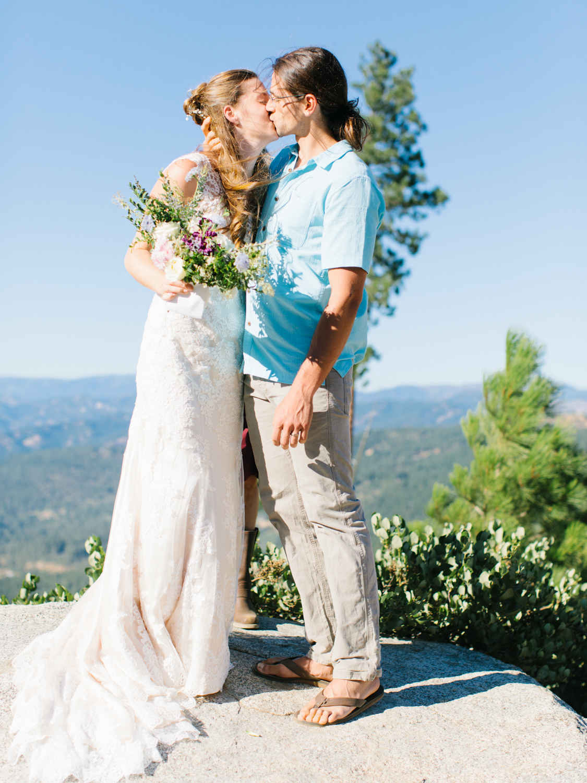 Leavenworth Washington Mountain Top | Wedding | Intimate Wedding Inspiration Outdoors | Pybus Bistro Wenatchee, Washington | VSCO | Simple Wedding | PNW Wedding | Emma Rose Company-39.jpg