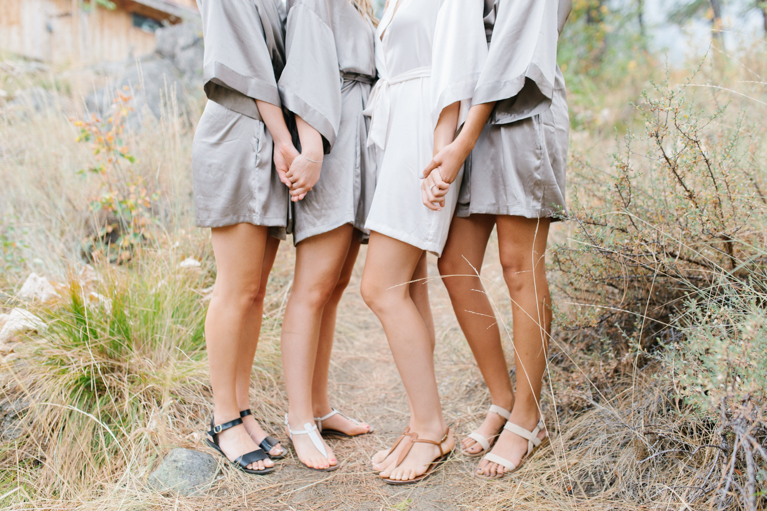 Grey and White Wedding in the Mountains of Leavenworth, Washington | Sleeping Lady | Classic and Timeless Wedding | VSCO | Bride and Bridesmaids Getting Ready | Bride in Victoria Secret Robe.jpg-1743.jpg