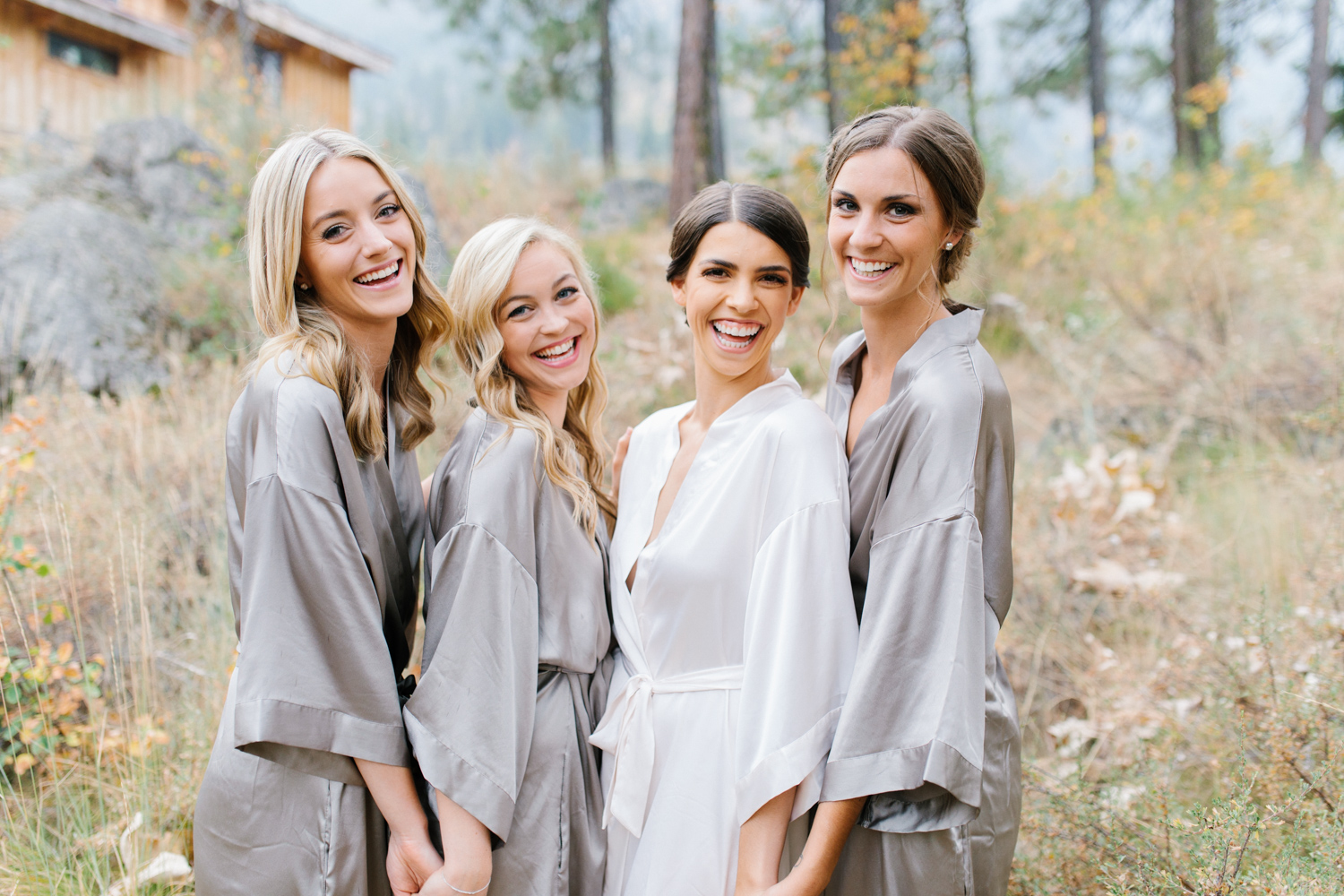 Grey and White Wedding in the Mountains of Leavenworth, Washington | Sleeping Lady | Classic and Timeless Wedding | VSCO | Bride and Bridesmaids Getting Ready | Bride in Victoria Secret Robe.jpg-1744.jpg