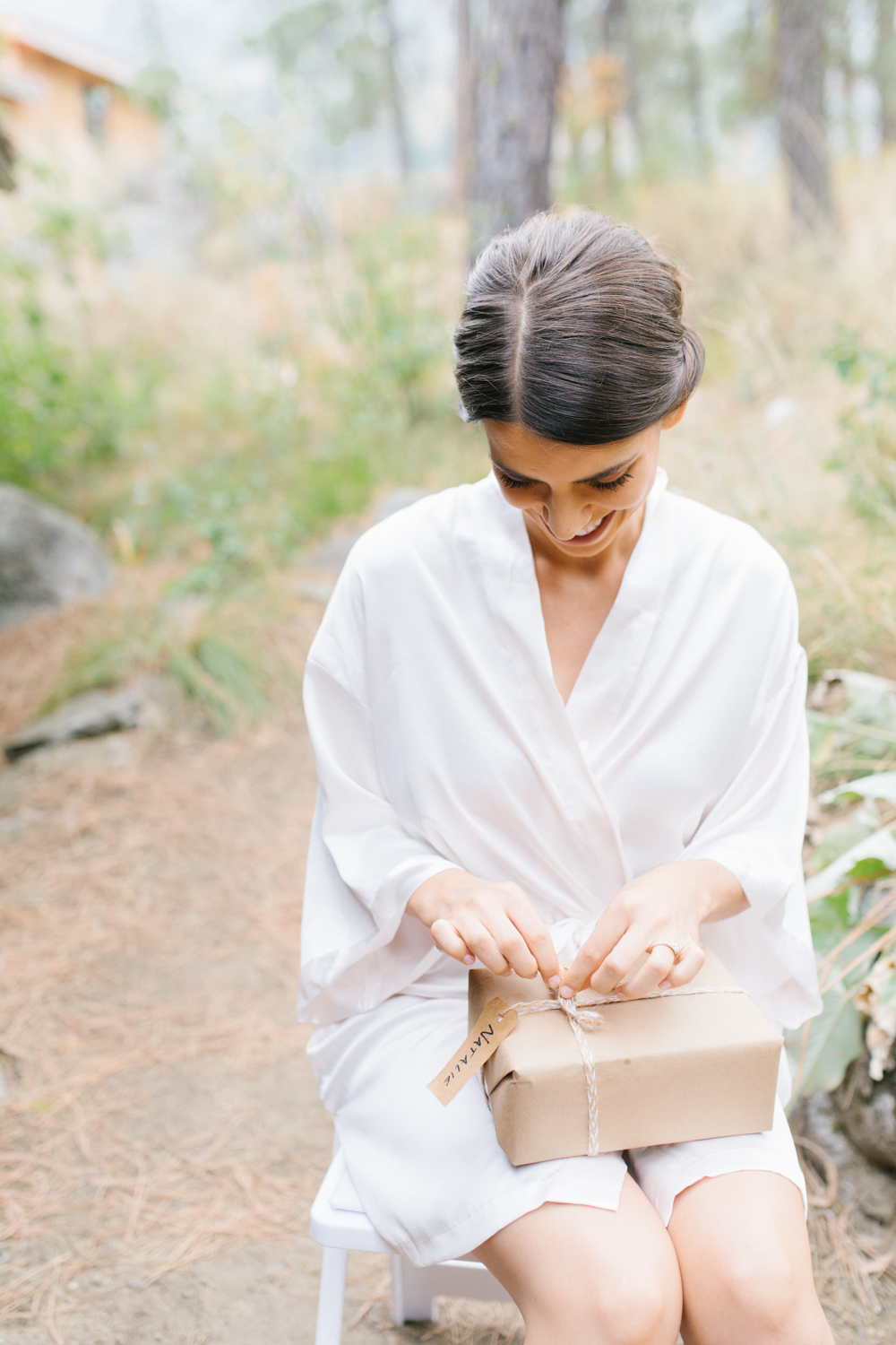 Grey and White Wedding in the Mountains of Leavenworth, Washington | Sleeping Lady | Classic and Timeless Wedding | VSCO | Bride and Bridesmaids Getting Ready | Bride in Victoria Secret Robe.jpg-1780.jpg