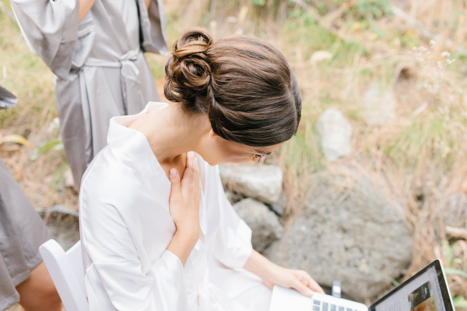 Grey and White Wedding in the Mountains of Leavenworth, Washington | Sleeping Lady | Classic and Timeless Wedding | VSCO | Bride and Bridesmaids Getting Ready | Bride in Victoria Secret Robe.jpg-1836.jpg