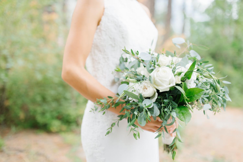 Grey and White Wedding in the Mountains of Leavenworth, Washington | Sleeping Lady | Classic and Timeless Wedding | VSCO | Bridal Portraits Wedding Day.jpg-2012.jpg