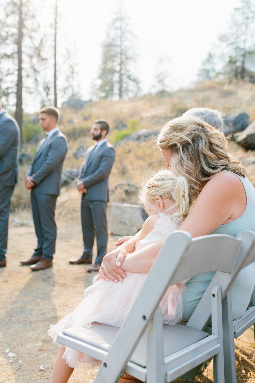 Grey and White Wedding in the Mountains of Leavenworth, Washington | Sleeping Lady | Classic and Timeless Wedding | VSCO | Leavenworth Wedding Ceremony at Sleeping Lady.jpg-1128.jpg