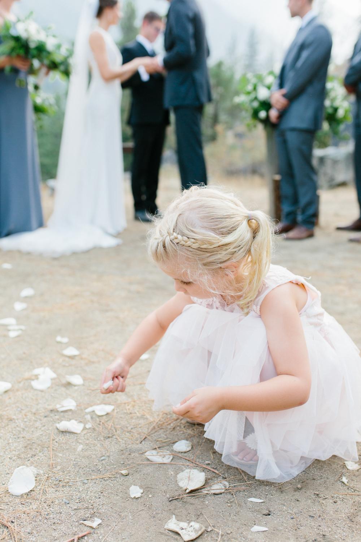 Grey and White Wedding in the Mountains of Leavenworth, Washington | Sleeping Lady | Classic and Timeless Wedding | VSCO | Leavenworth Wedding Ceremony at Sleeping Lady.jpg-1133.jpg