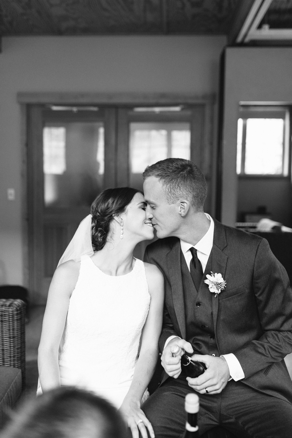 Grey and White Wedding in the Mountains of Leavenworth, Washington | Sleeping Lady | Classic and Timeless Wedding | VSCO | Signing of Certificate Black and White.jpg-3132.jpg