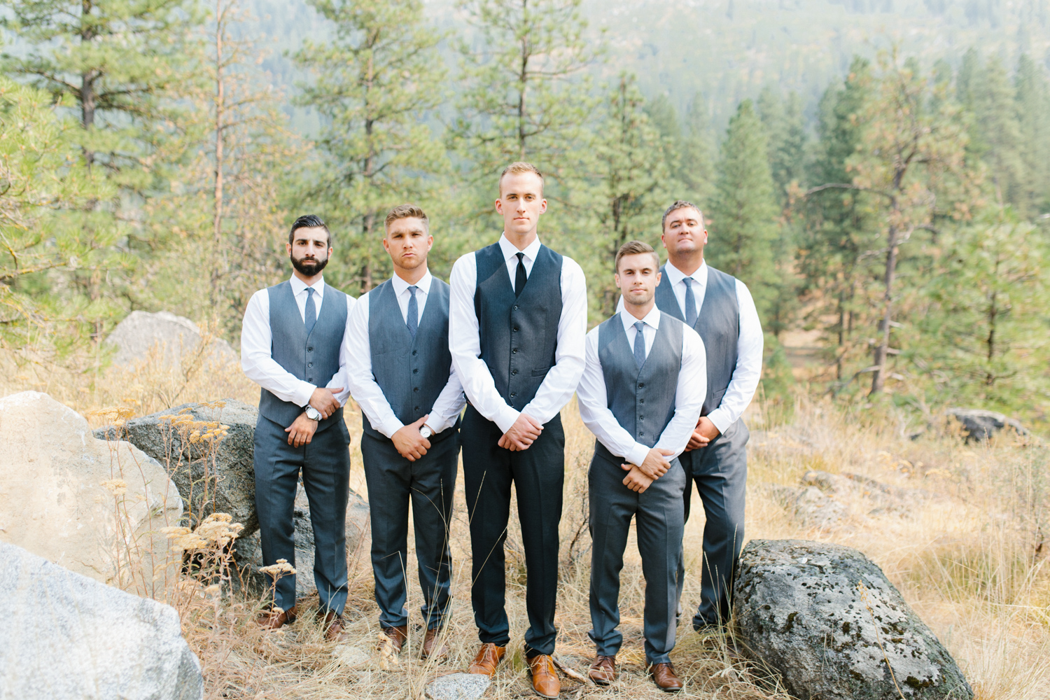 Grey and White Wedding in the Mountains of Leavenworth, Washington | Sleeping Lady | Classic and Timeless Wedding | VSCO | Bridal Party Portraits on a Mountain.jpg-2746.jpg