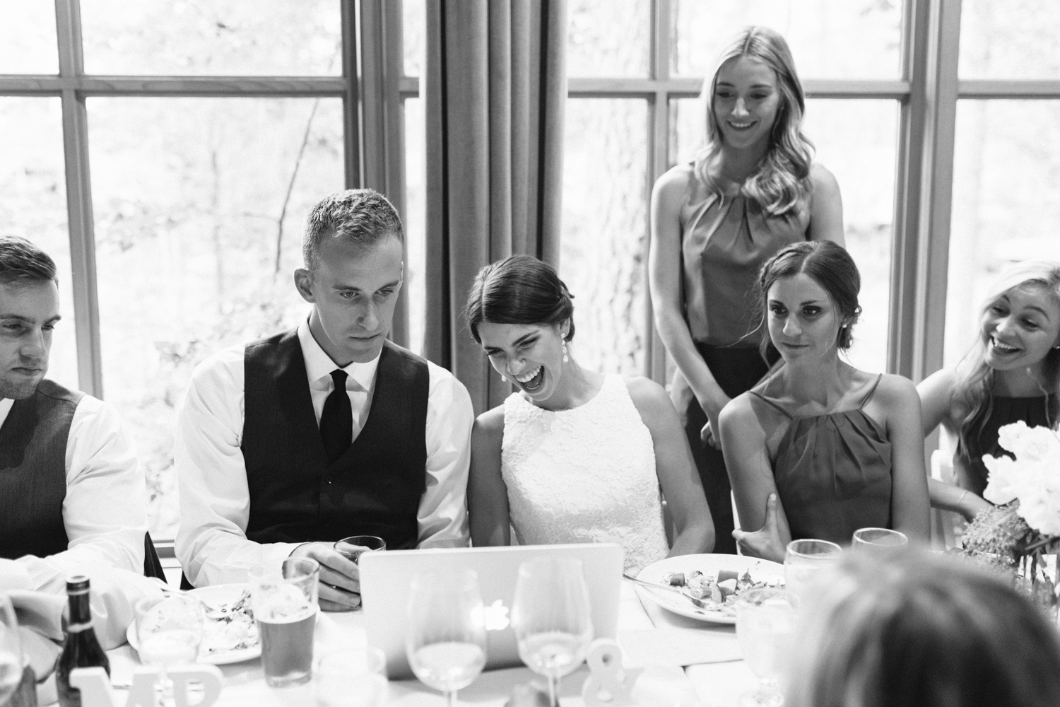 Grey and White Wedding in the Mountains of Leavenworth, Washington | Sleeping Lady | Classic and Timeless Wedding | VSCO | Sleeping Lady Wedding Reception.jpg-1528.jpg