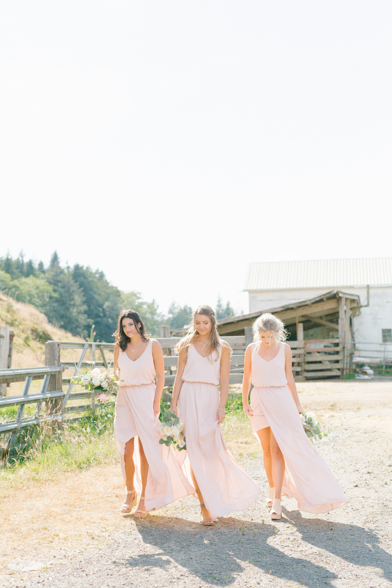 Dream Chasers Workshop | Rose Ranch Washington Wedding | Rose Ranch Styled Shoot | Emma Rose Education | Dream Chasers with Cameras Workshop | Barn Wedding | Cattle Ranch Wedding Details | Farm Wedding-54.jpg