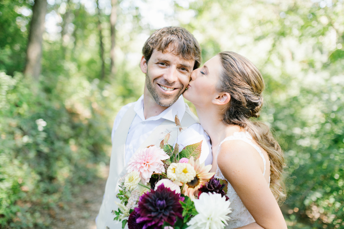 Southern Wedding | Bride and Groom First Look |Tennessee River Place Wedding Chattanooga TN | Emma Rose Company | Wedding in the South | VSCO | Southern Bride-8.jpg