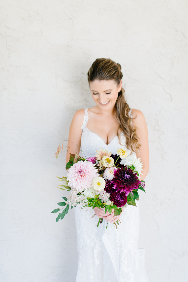 Southern Wedding | Tennessee River Place Wedding Chattanooga TN | Emma Rose Company | Wedding in the South | Gorgeous Bridal Portraits | VSCO | Southern Bride-3.jpg