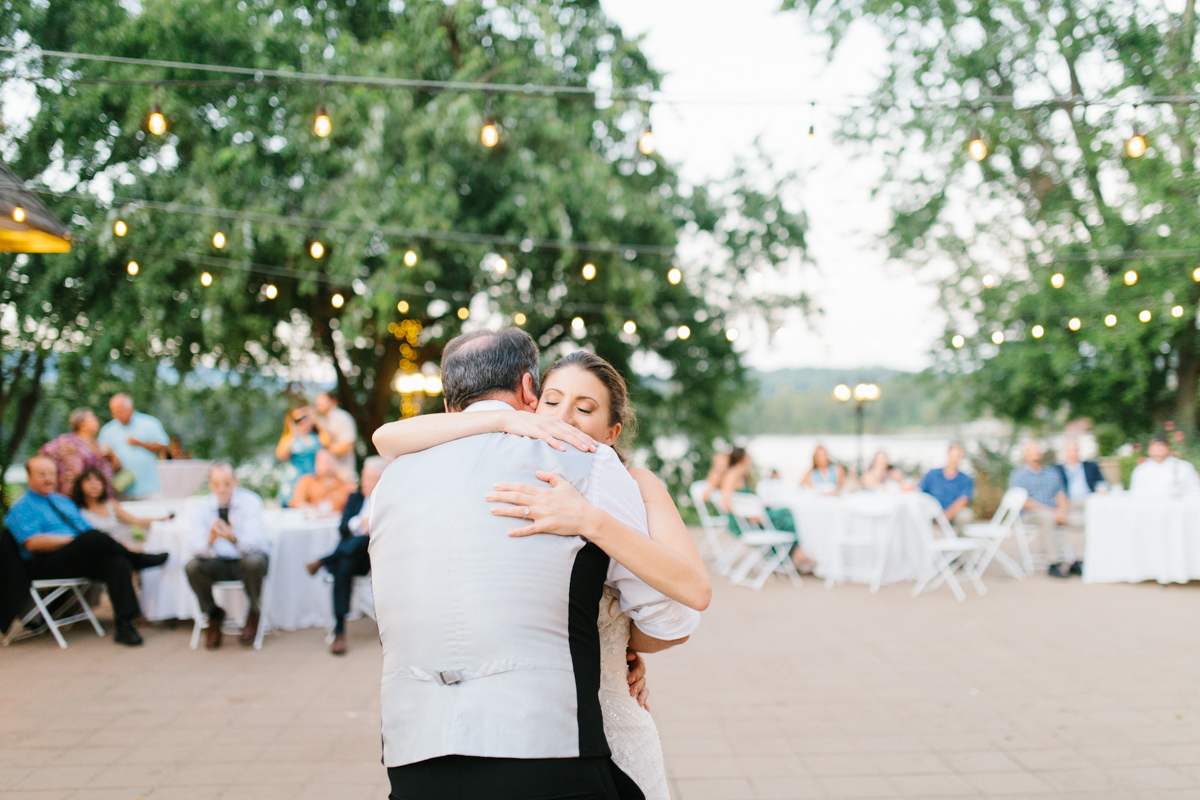 Southern Wedding | Tennessee Wedding Reception by the River |Tennessee River Place Wedding Chattanooga TN | Emma Rose Company | Wedding in the South | VSCO | Southern Bride-28.jpg