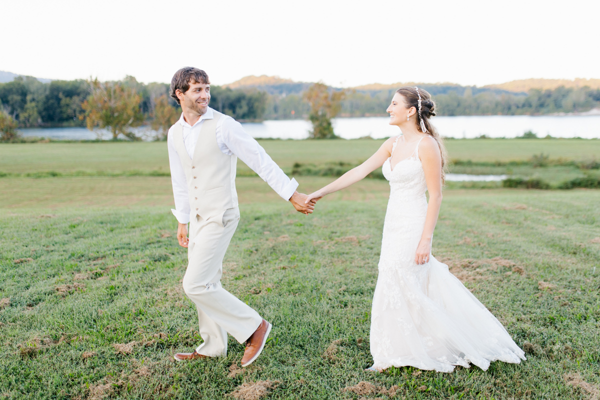 Southern Wedding | Bride and Groom Sunset Portraits by the River | Green field sunset portraits |Tennessee River Place Wedding Chattanooga TN | Emma Rose Company | Wedding in the South | VSCO | Southern Bride-14.jpg