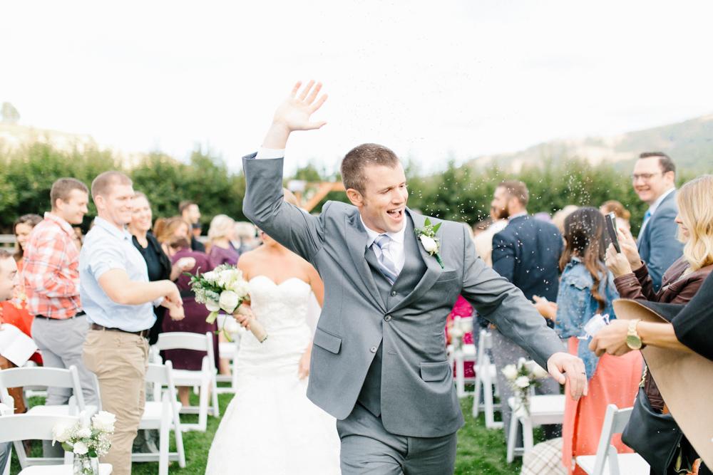 Hampton Hideaway | Wenatchee, Washington | A Fall Blush Wedding | VSCO | Emma Rose Company | Seattle Wedding Photographer Light and Airy | PNW Wedding-41.jpg