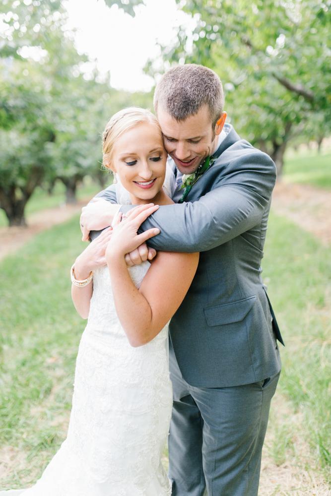 Hampton Hideaway | Wenatchee, Washington | A Fall Blush Wedding | VSCO | Emma Rose Company | Seattle Wedding Photographer Light and Airy | PNW Wedding-46.jpg