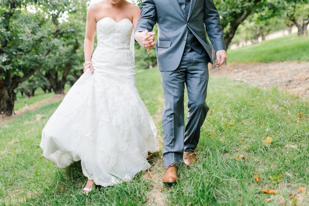 Hampton Hideaway | Wenatchee, Washington | A Fall Blush Wedding | VSCO | Emma Rose Company | Seattle Wedding Photographer Light and Airy | PNW Wedding-48.jpg