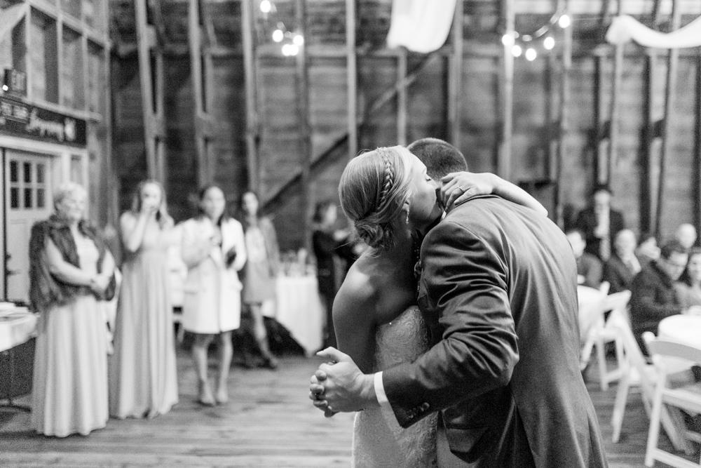 Hampton Hideaway | Wenatchee, Washington | A Fall Blush Wedding | VSCO | Emma Rose Company | Seattle Wedding Photographer Light and Airy | PNW Wedding-53.jpg