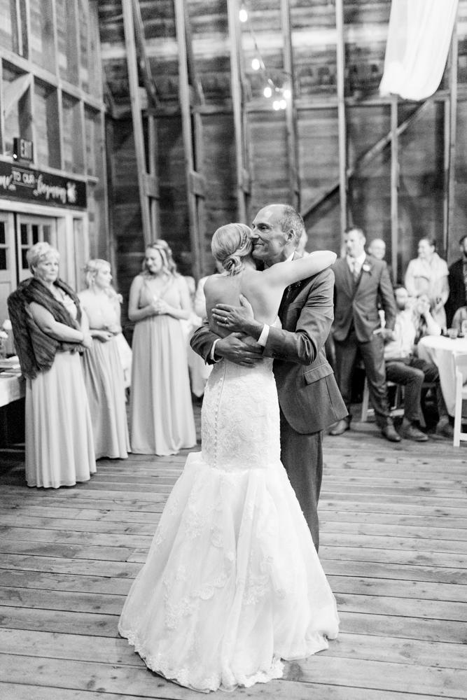 Hampton Hideaway | Wenatchee, Washington | A Fall Blush Wedding | VSCO | Emma Rose Company | Seattle Wedding Photographer Light and Airy | PNW Wedding-54.jpg