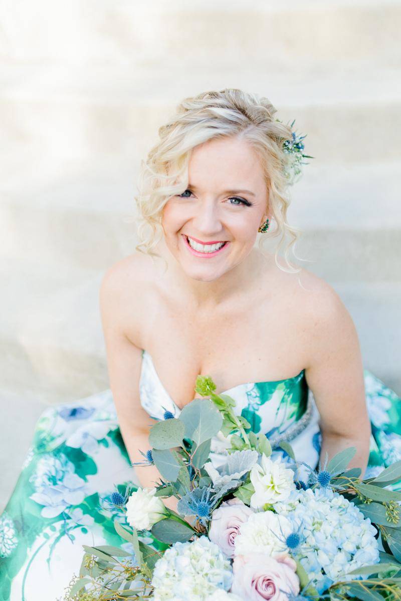 Stunning Fall Washington Wedding | PNW Wedding | Seattle Wedding Photographer Light and Airy | VSCO | Emma Rose Company Photography | Hydrangea Wedding Dress | Wedding Details | Non Traditional Wedding Gown-30.jpg